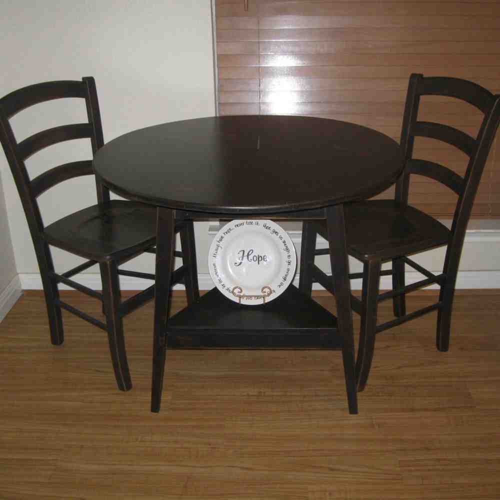 Black Round Kitchen Table and Chairs