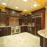 Customized Kitchen Cabinets