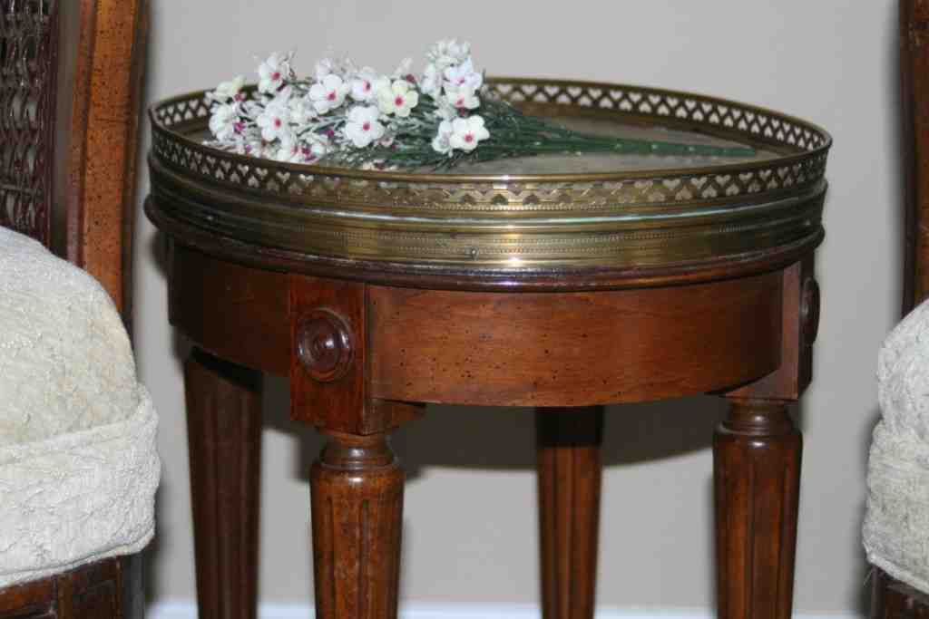 Round End Tables For Living Room