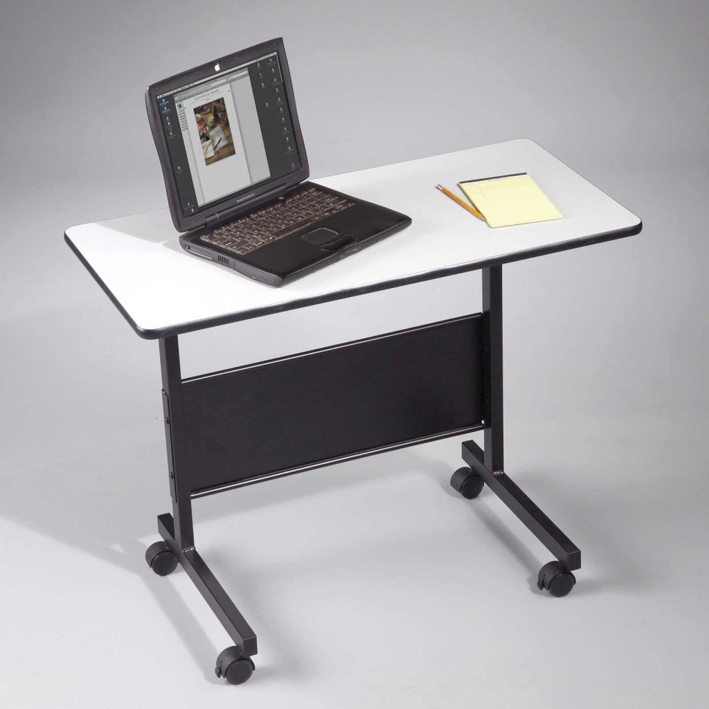 Computer Table On Wheels