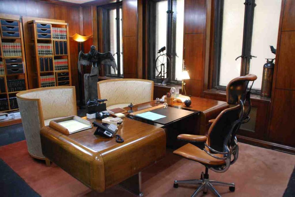 Lawyer Office Decor