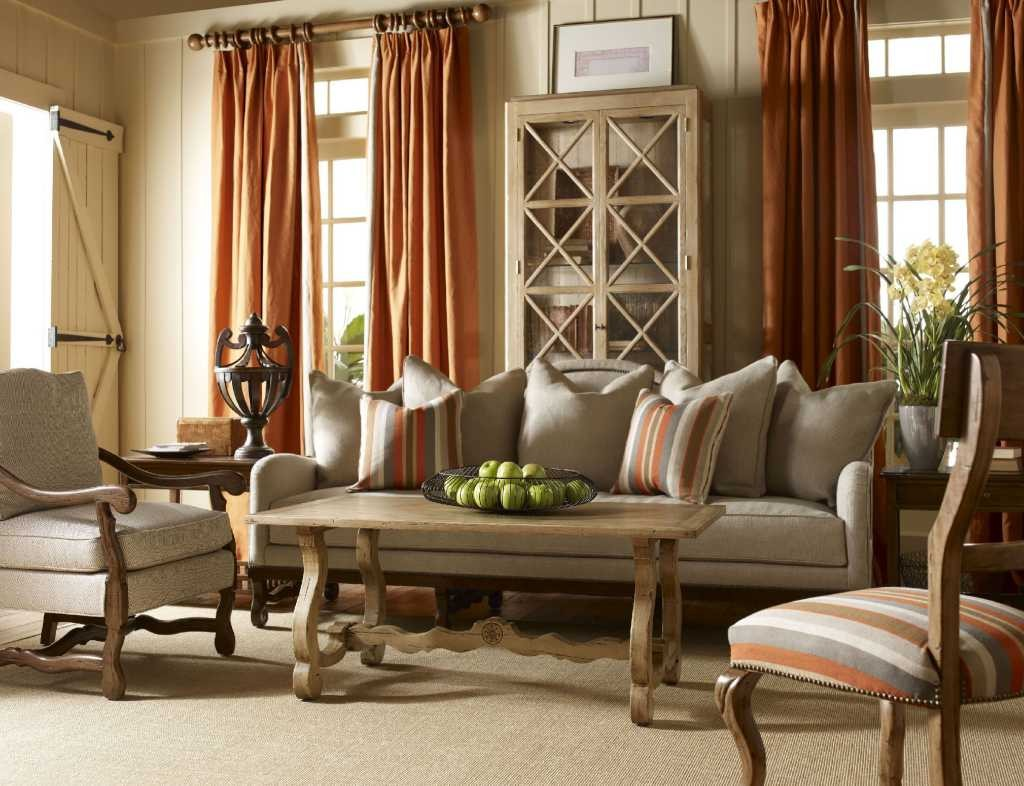 French Country Living Room Decor