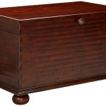 Hooker Furniture 500 50 723 Lift Lid Cocktail Trunk